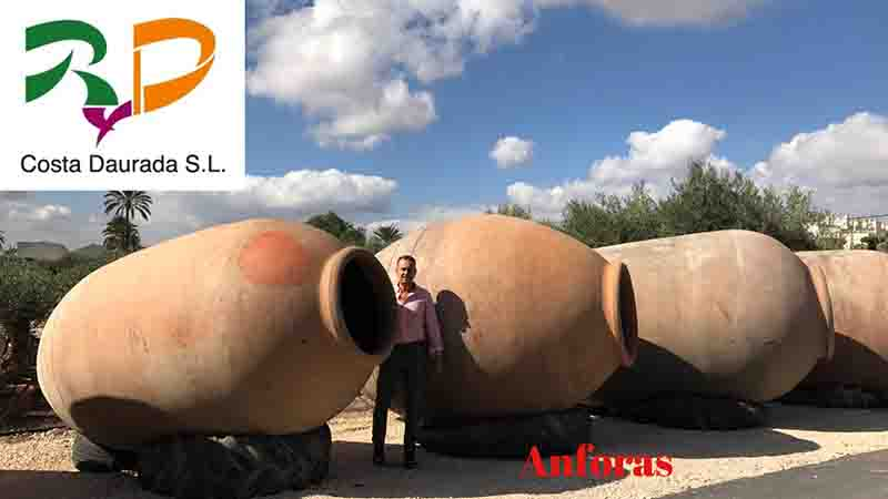 Jars Decorative amphoras for garden